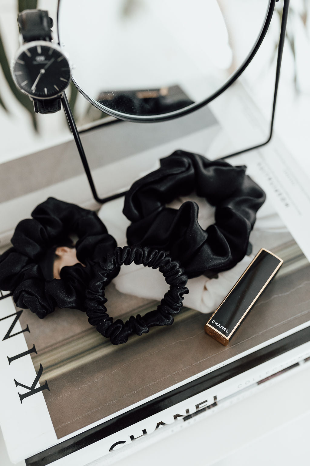 Set of 3 - natural silk scrunchie Black Night