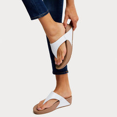 FitFlop LULU Leather Toe-Thong Sandal - Urban White