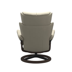 Stressless® Magic (L) Signature chair with footstool