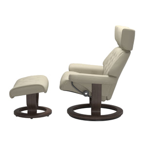 Stressless® Skyline (L) Classic chair with footstool