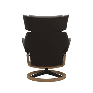 Stressless® Skyline (M) Signature chair with footstool