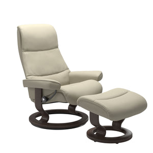 Stressless® View (S) Classic chair with footstool