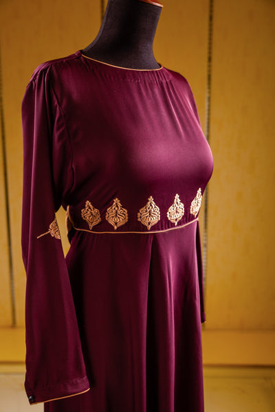 Abaya with Embroidered Motifs