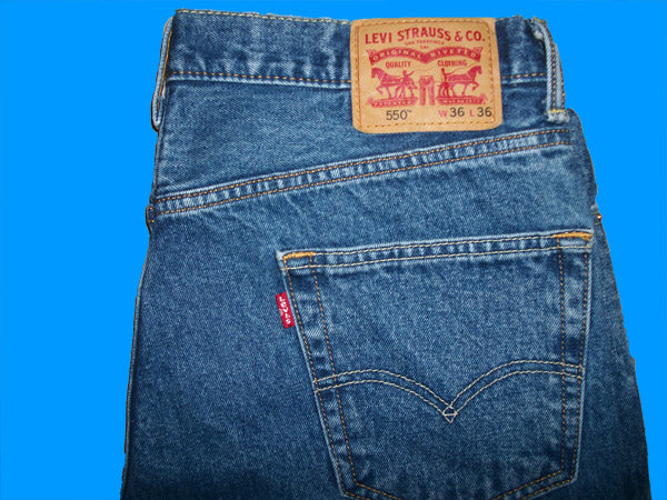 Levis 550  Relaxed   36 W x 36 L