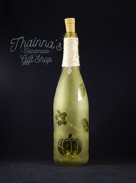 Fall Pumpkin Etched Wine Bottle (Style A)
