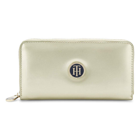 Tommy Hilfiger Women's Wallet (Gold)