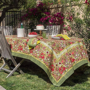 "Jardin Red with Green Tablecloth 71"" x 106"""