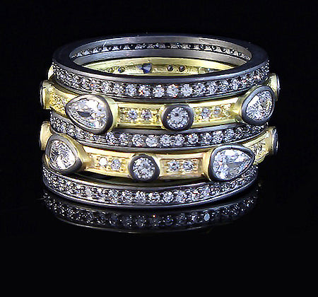 Stackable 5- Piece Gunmetal and Gold Rings