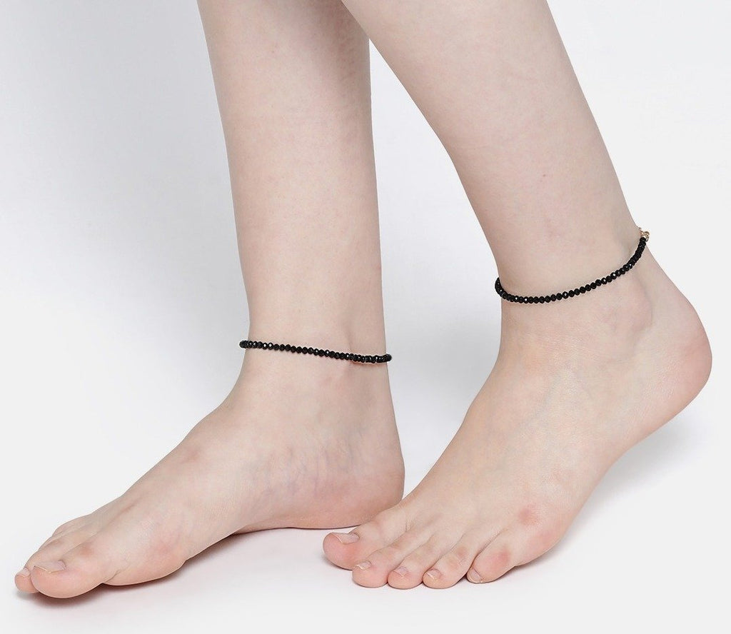 Blueberry black beads detailing pair of anklet