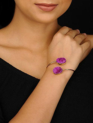 Blueberry gold plated mismatch agate stone detailing cuff