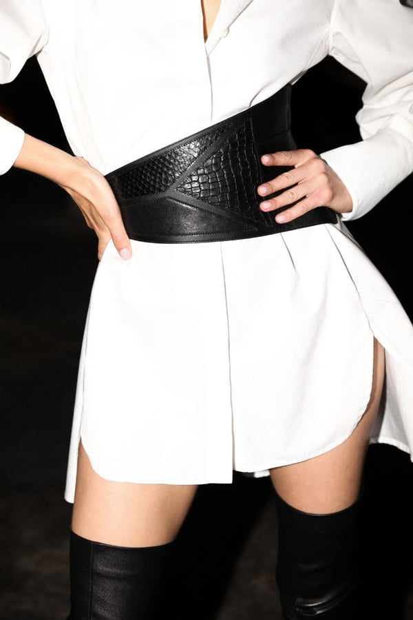 'ELEMENT' SOFT ASYMMETRIC WRAP BELT - PITCH BLACK
