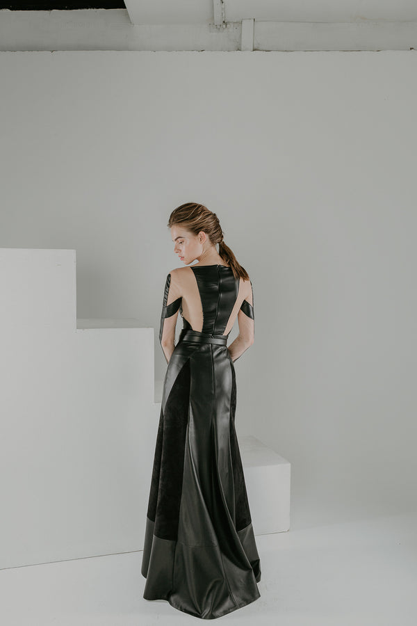 Dark mirror maxi skirt in black leather and suede