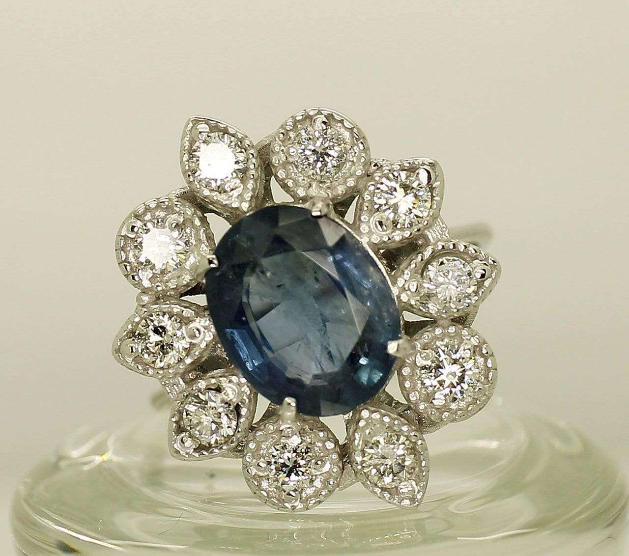 14K White Gold AIG Certified Sapphire 2.67ct Diamond 0.60ct Ring - Aquagems.eu