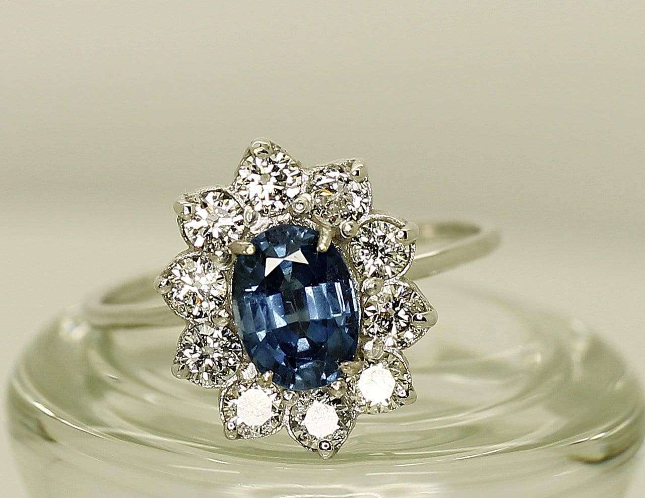14K White Gold AIG Certified Sapphire 0.98ct Diamond 0,60ct Ring - Aquagems.eu