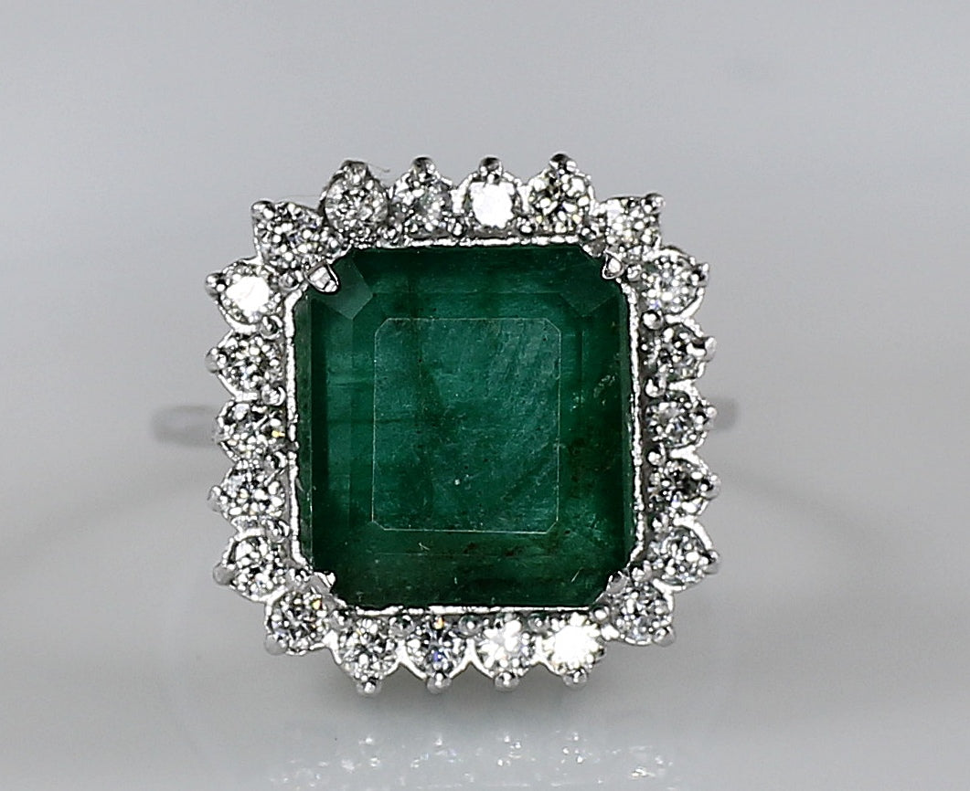 AIG Certified Natural Zambian Emerald 6.45ct Diamond 1.30ct Ring White Gold Ring