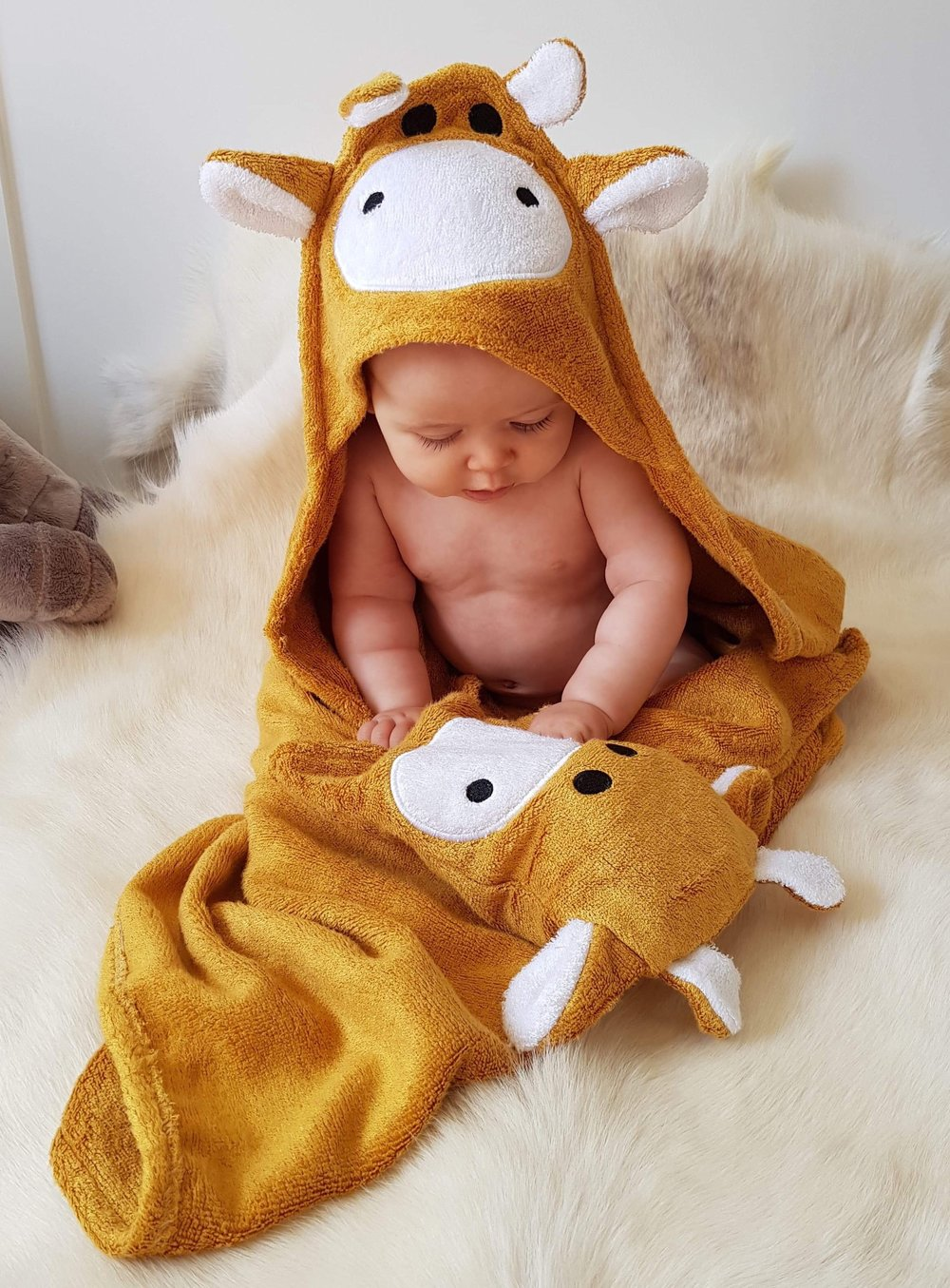 Giraffe Hooded Baby Towel & Mitt - ALTA