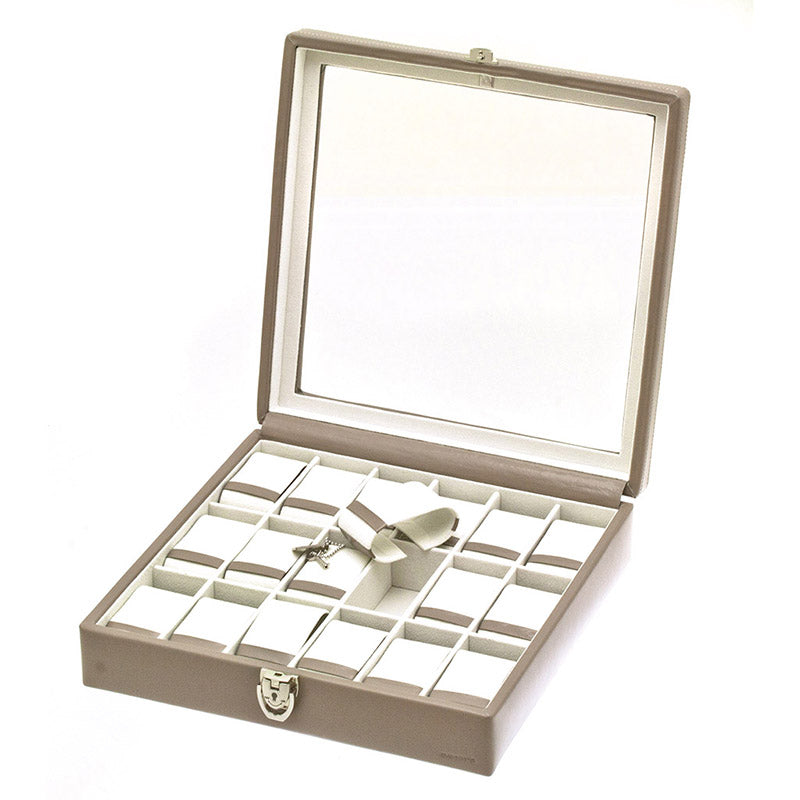 CHROME 18 Watches Box with Glass