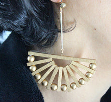 Load image into Gallery viewer, Golden Fan-shaped Earrings
