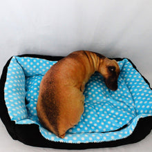 Load image into Gallery viewer, Pet Bed - Polka Dot