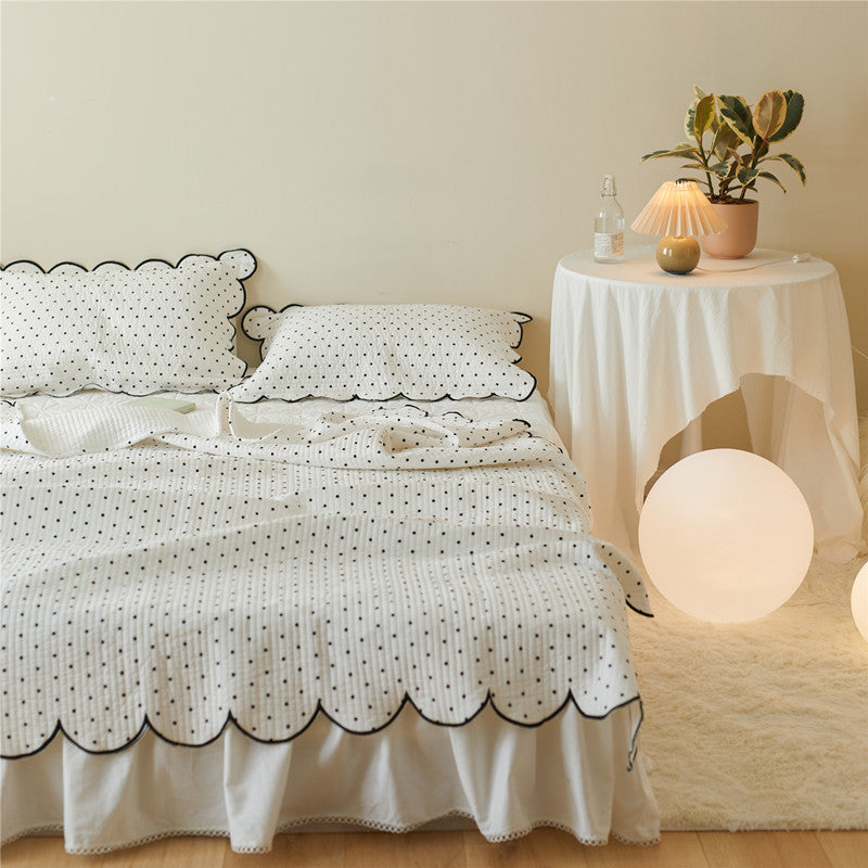 Double-Sided Polka Dot Bed Cover & Pillowcase