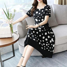 Load image into Gallery viewer, polka dot market vintage dress