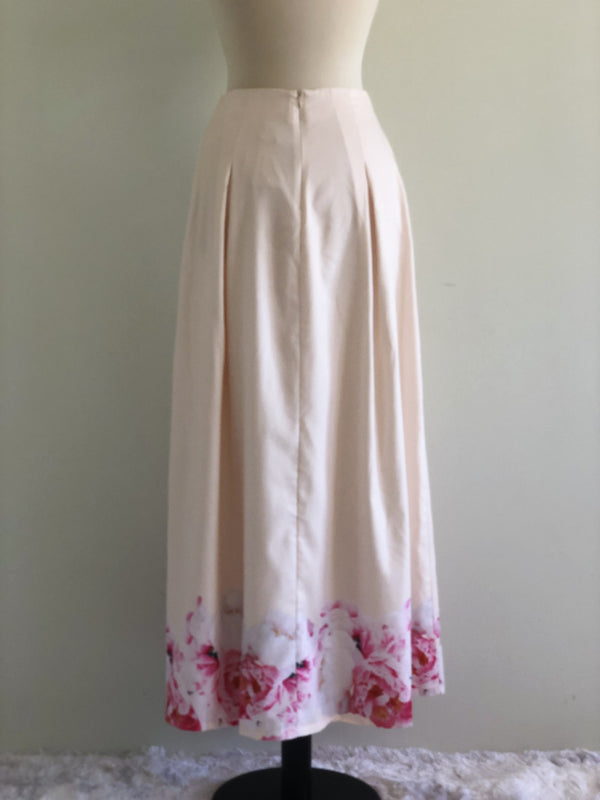 Emilya Skirt in Cream with Pink Floral Motif