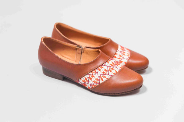 The Tatreez Oxford in Camel and Orange