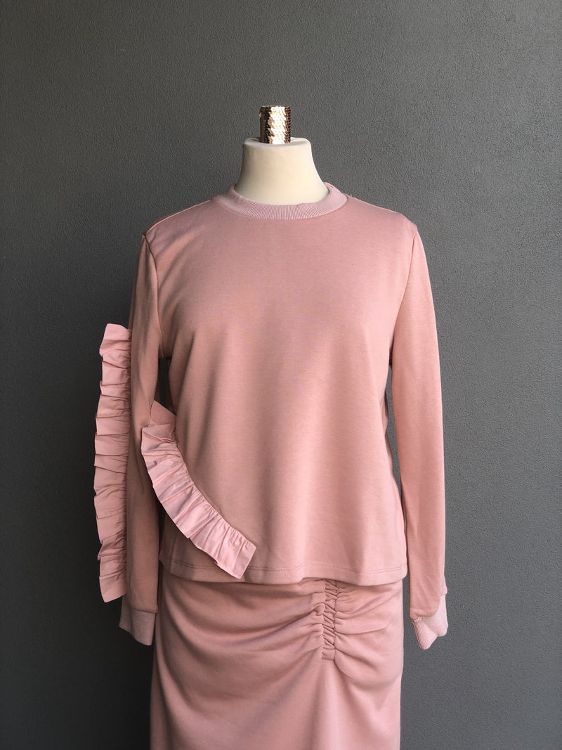 Ruffled Sweater in Mauve