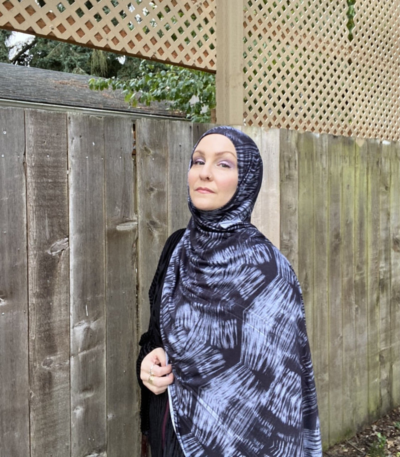 Limited Edition Printed Jersey Hijab: Black & Grey Tie-Dye Print