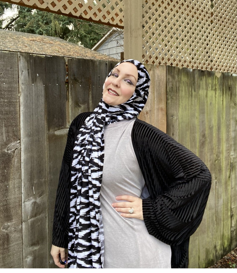 Limited Edition Printed Jersey Hijab: Chevrons