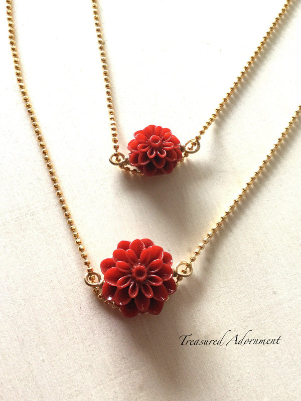 Red Mum Flower Mommy and Me Necklace Set