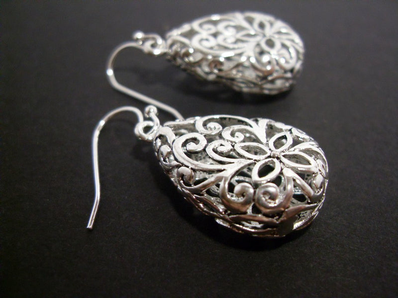 Antiqued Silver Filigree Teardrop Earrings