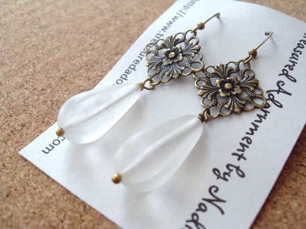 Lucite Teardrop Glass Beads Earrings