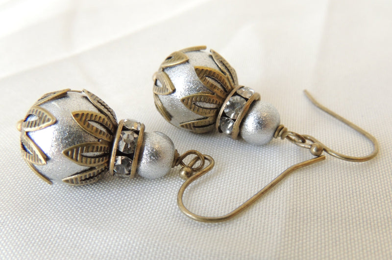 Textured Silver Glass Pearls and Rhinestone Rondelle Earrings