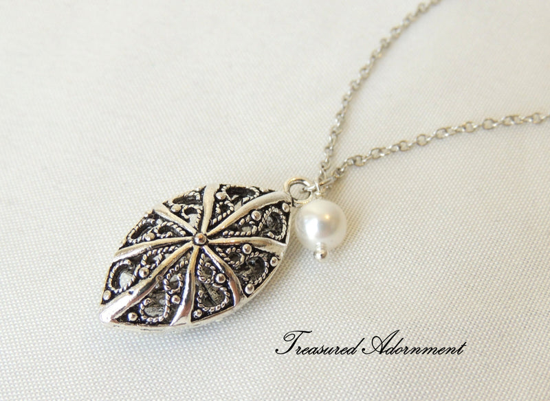 Marquis Filigree and Swarovski Pearl Silver Necklace