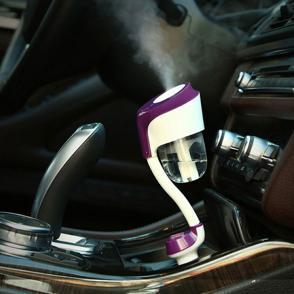 Auto Power Off Air Freshening Electric Car Diffuser with 2 USB Ports