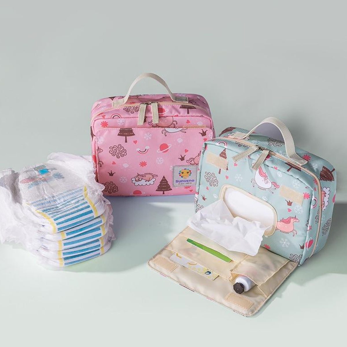 Portable Polyester-made Diaper Clutch Bag with Refillable Wipe Holder