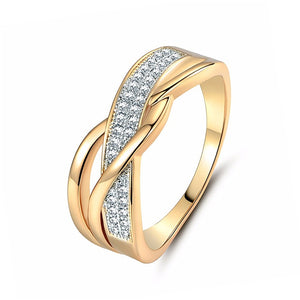 Size 6 7 8 9 10 Gifts Engagement High Quality Valentine Present Rings Women Crystal Golden 1PC Hot Sale Cross Seaside