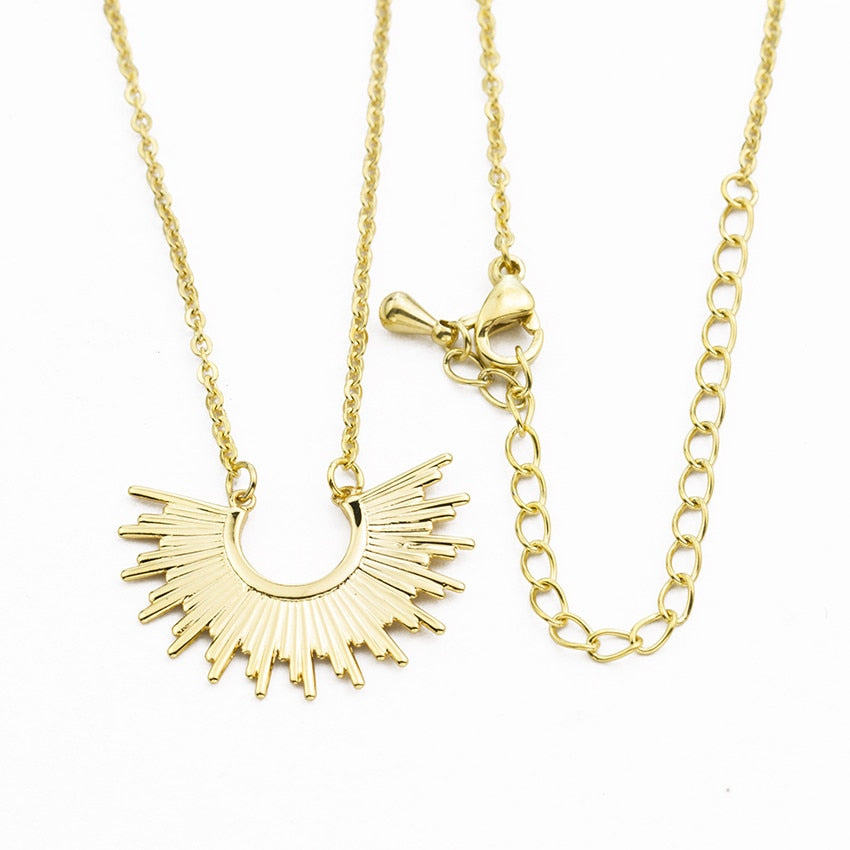 V Attract Vintage Spike Sunburst Charm Pendant Necklaces  Women Men Jewelry Boho Starburst Collares Gold  Choker Necklaces