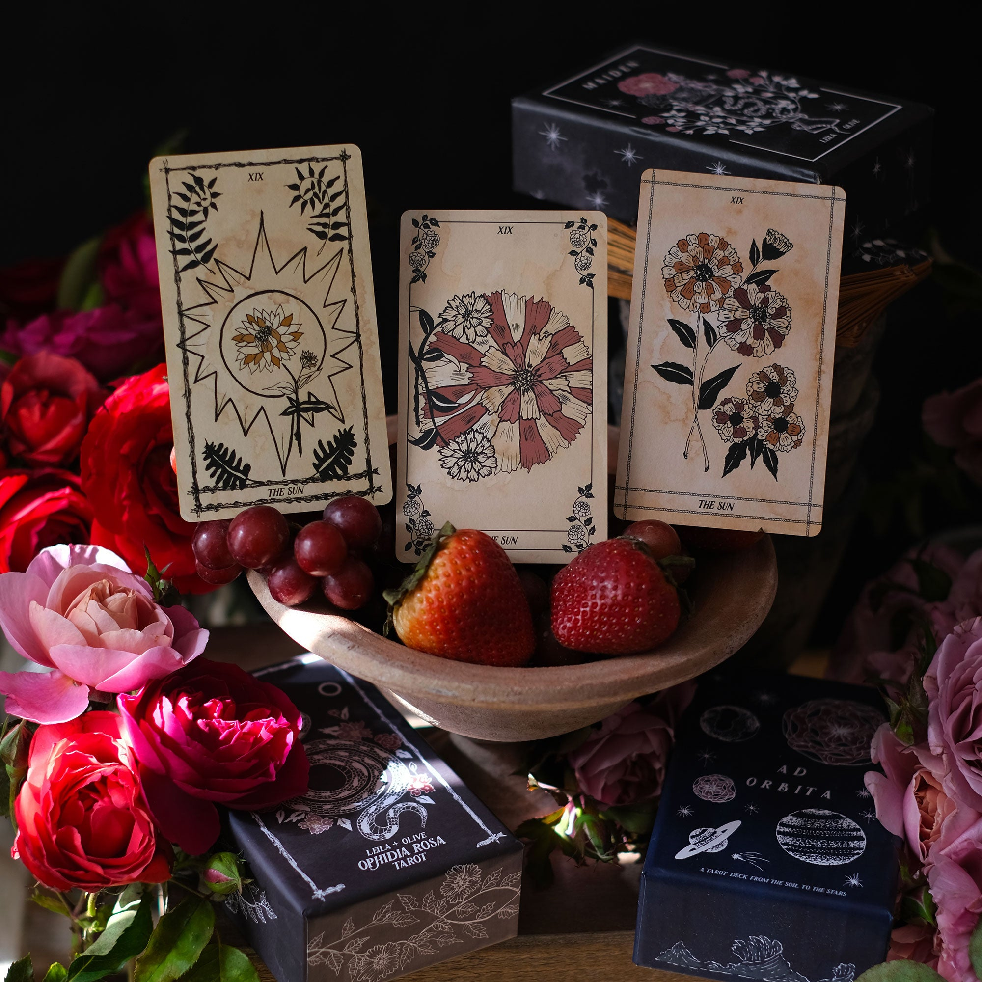 Pythia Botanica is the original Botanical Oracle deck, illustrated by hand and rooted in Greek mythology and plant magic. Read these cards in traditional Tarot spreads and allow the spirit of these plants to guide you.
