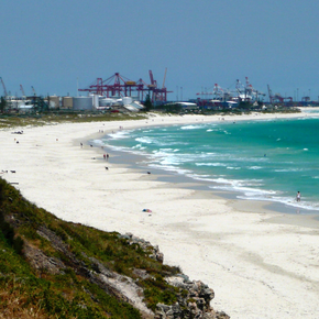 Photo of Leighton Beach to Fremantle Harbour.