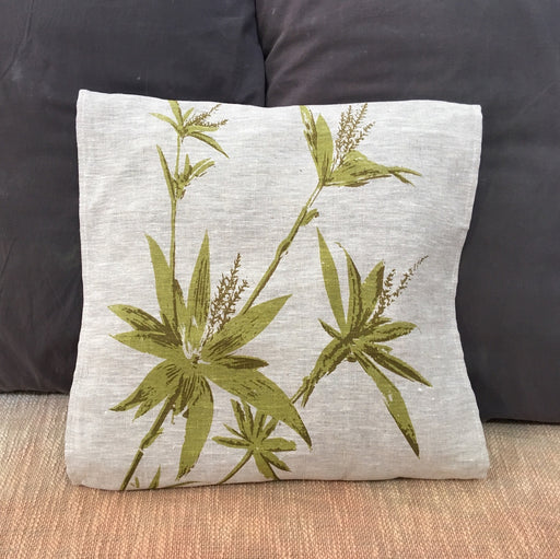 Tassel flower cushion cover