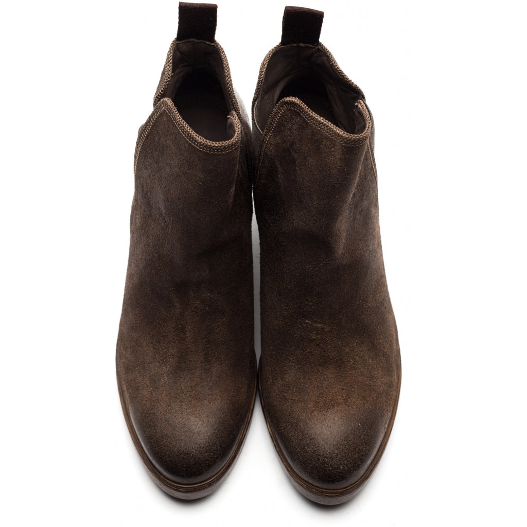the last conspiracy AASE waxed suede Chelsea Boot 074 Asphalt
