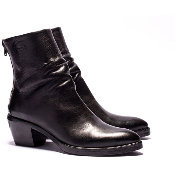 the last conspiracy ANGELA re waxed Zip Boot 001 Black