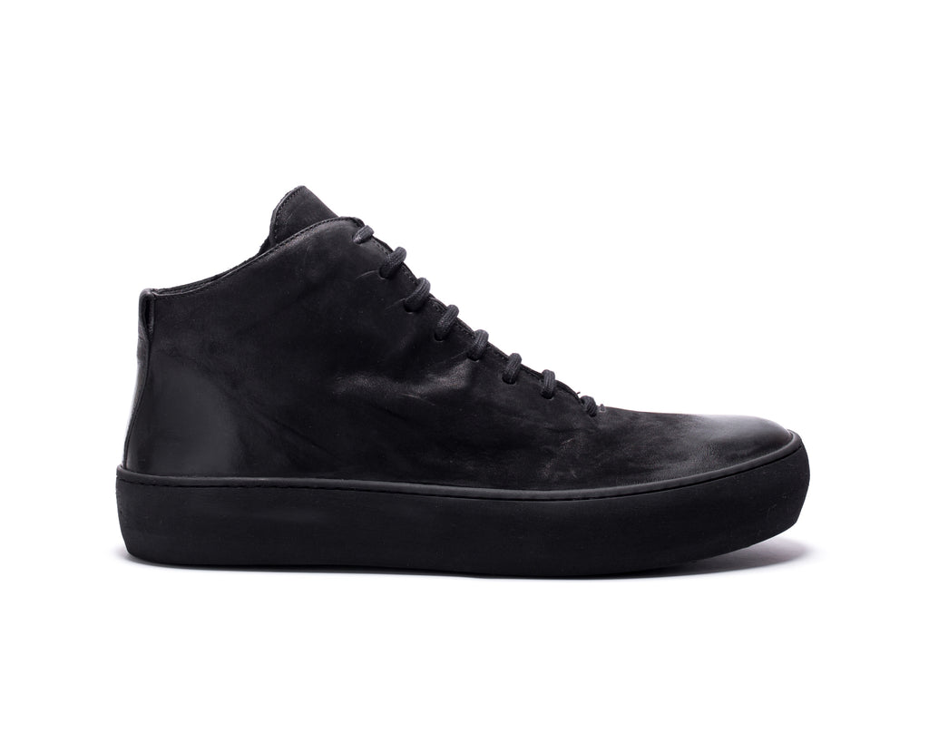 the last conspiracy BRANDO mat Low Top Sneaker 001 Black