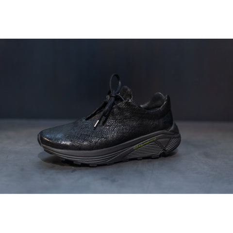 the last conspiracy CALEB reversed Low Top Sneaker 001 Black