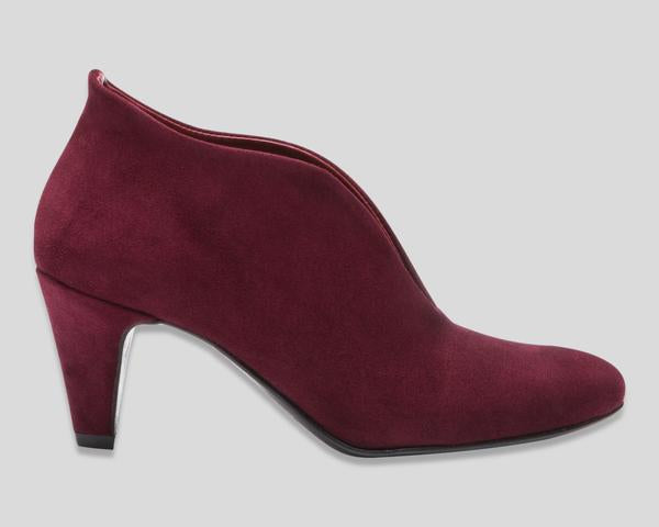the last conspiracy LENJA suede Pump 049 Ruby