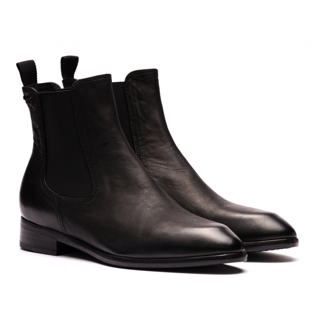 the last conspiracy LOFN soft Chelsea Boot 001 Black