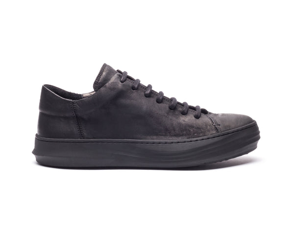 the last conspiracy LUISA mat Low Top Sneaker 001 Black