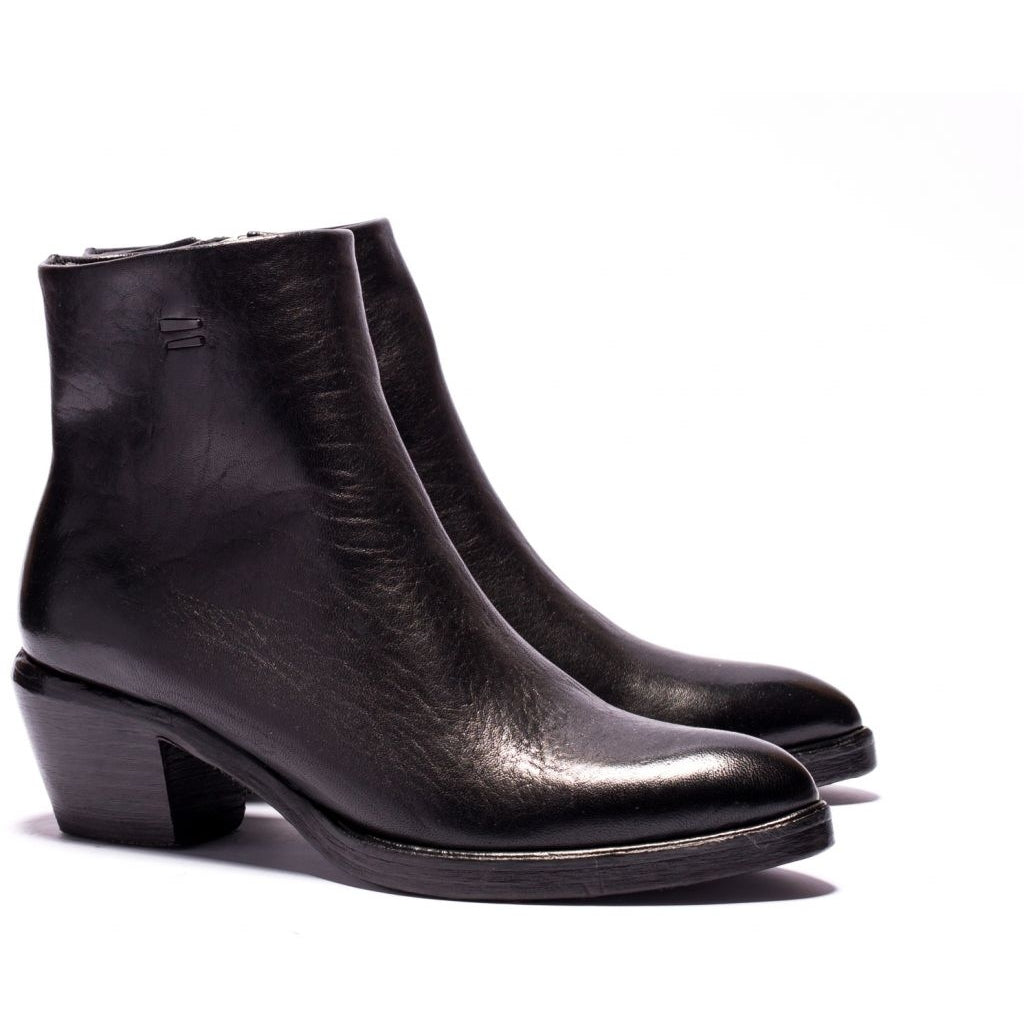 the last conspiracy MAE re waxed Heel Boot 001 Black